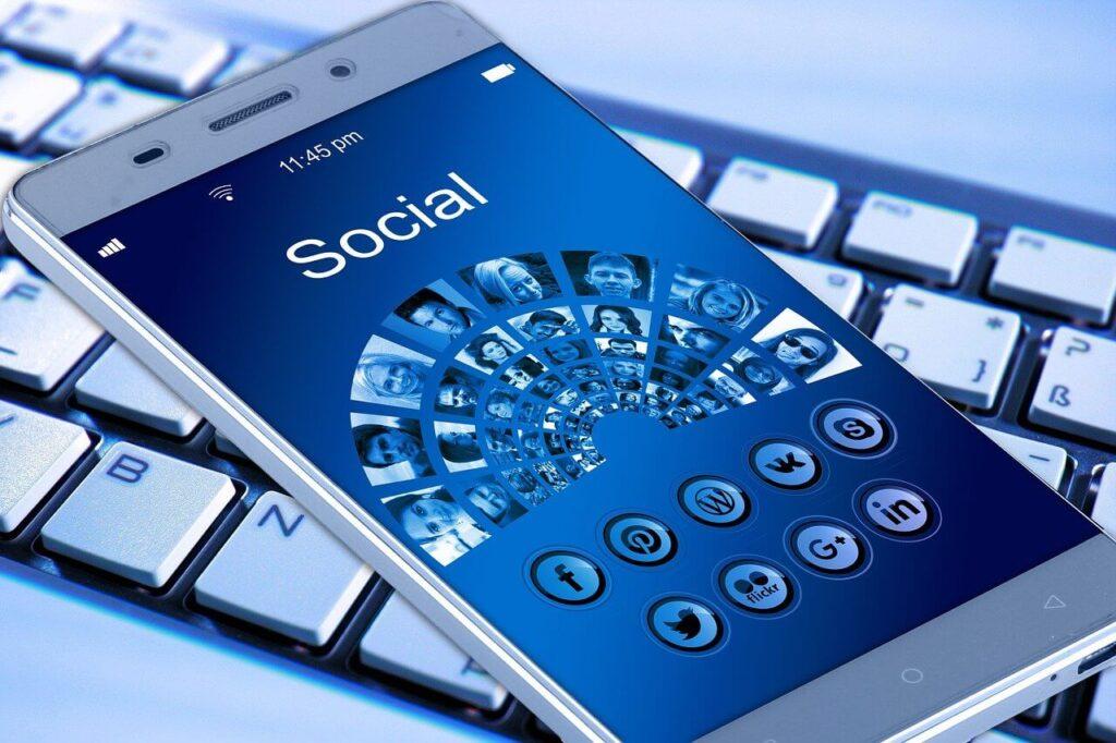 optimizar presupuesto de marketing en redes sociales